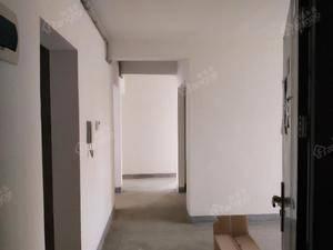 春江三月公寓 3室1厅1卫