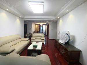 新沪东公寓