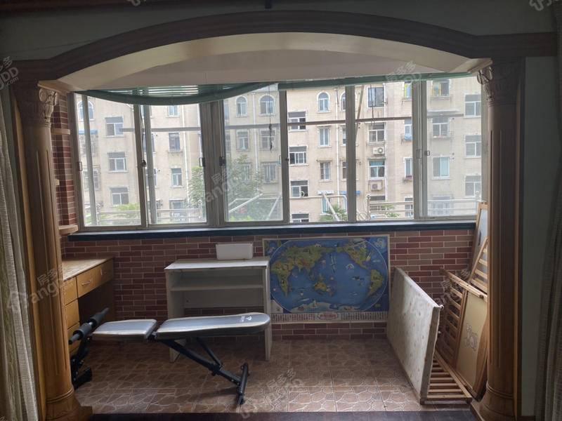 凌兆玉兰苑 2室 2厅 2卫 南北 480.00万