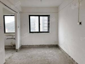 维多利亚 4室2厅2卫
