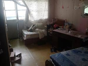 逸仙路1321弄 1室1厅1卫