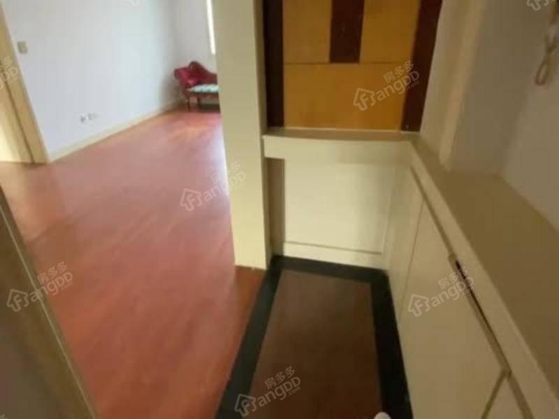 高区景区房 房型正气 四世同堂的好房子 仅此一套低价房