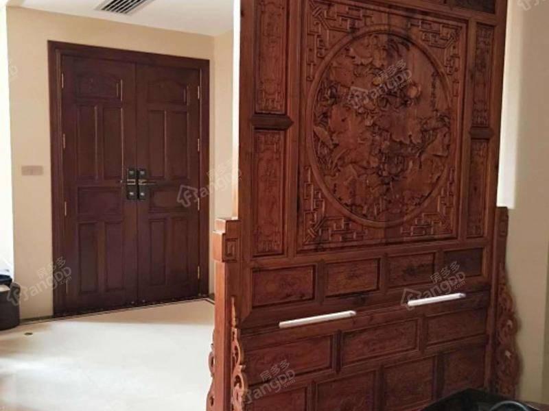 高端独栋别墅尽享尊贵奢华,红木豪华装修高级定制,尽显尊贵品质