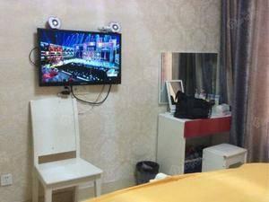 龙泊桂园 3室2厅2卫