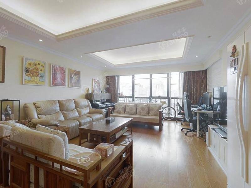 中星美华邨 中区大三房 满五年唯一 单价7万