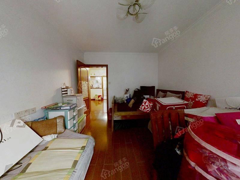 房东诚心出售,价格可谈,看房方便