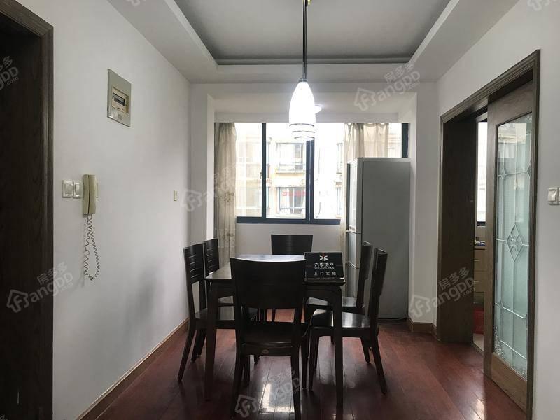 新上小三房,中间楼层,得房率高,浪费面积小,业主诚意出售