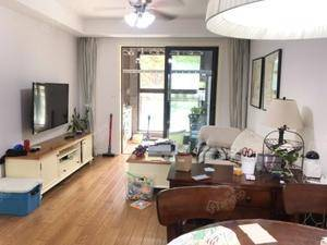 绿地香颂(公寓) 3室2厅1卫