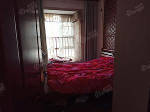 花果园U2区 3室2厅2卫
