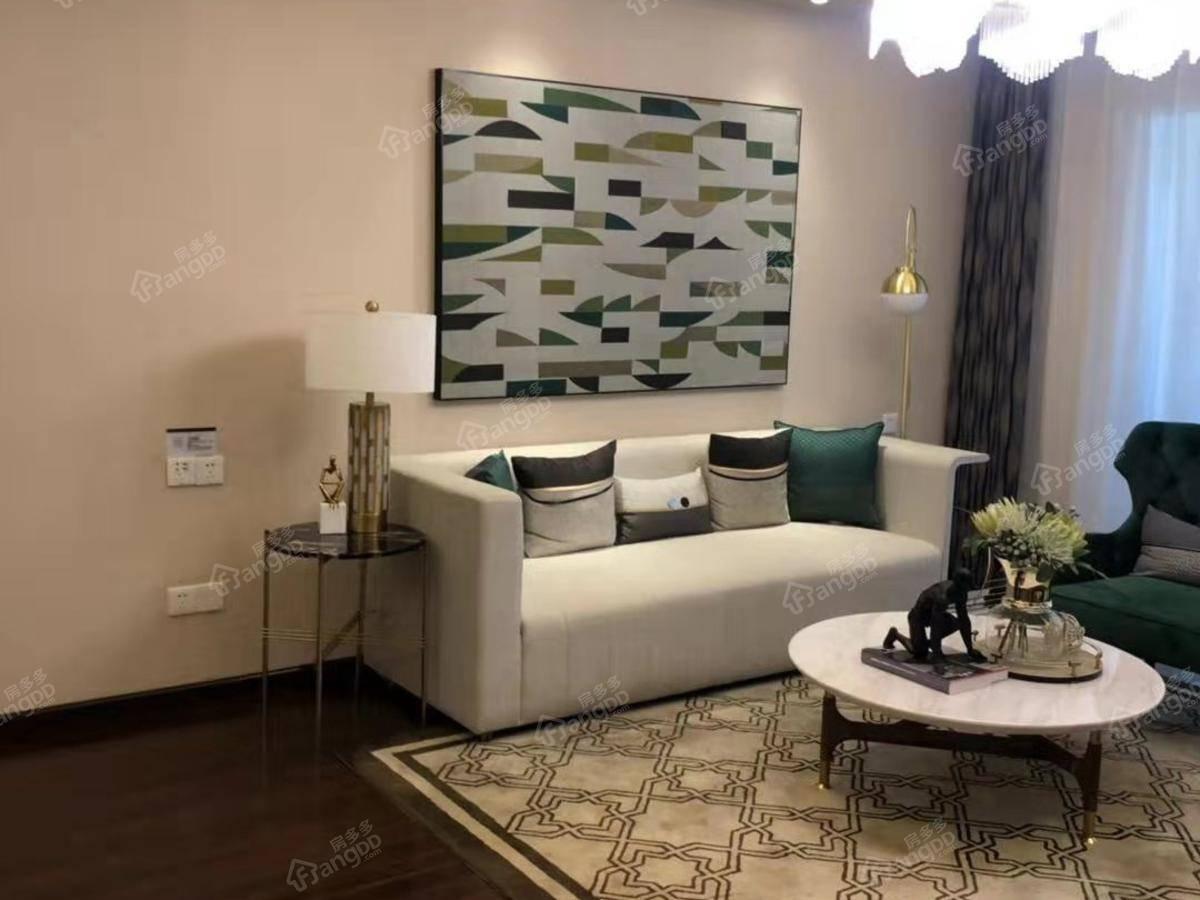 绿地(咸宁)城际空间站4室2厅2卫户型图